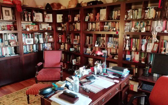 Artur's home office